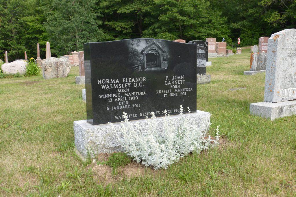 P1040504 , WAkefield (cemetery)